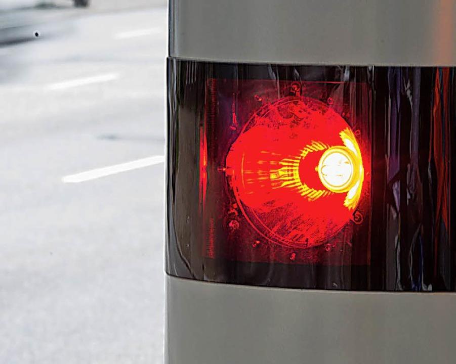 Ein kreisweites Geschwindigkeits- und ...kontrollkonzept hat die CDU beantragt.  | Foto: DPA