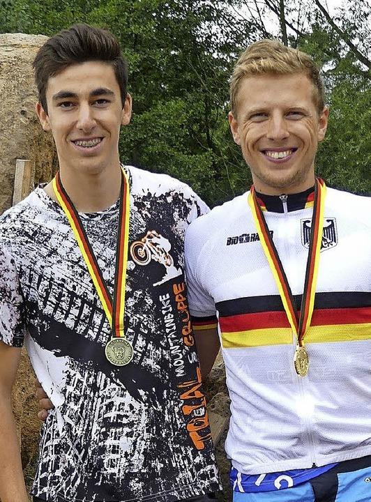 Haben gut lachen: Kai Hatt und Dominik Oswald (rechts).     Foto: Verein