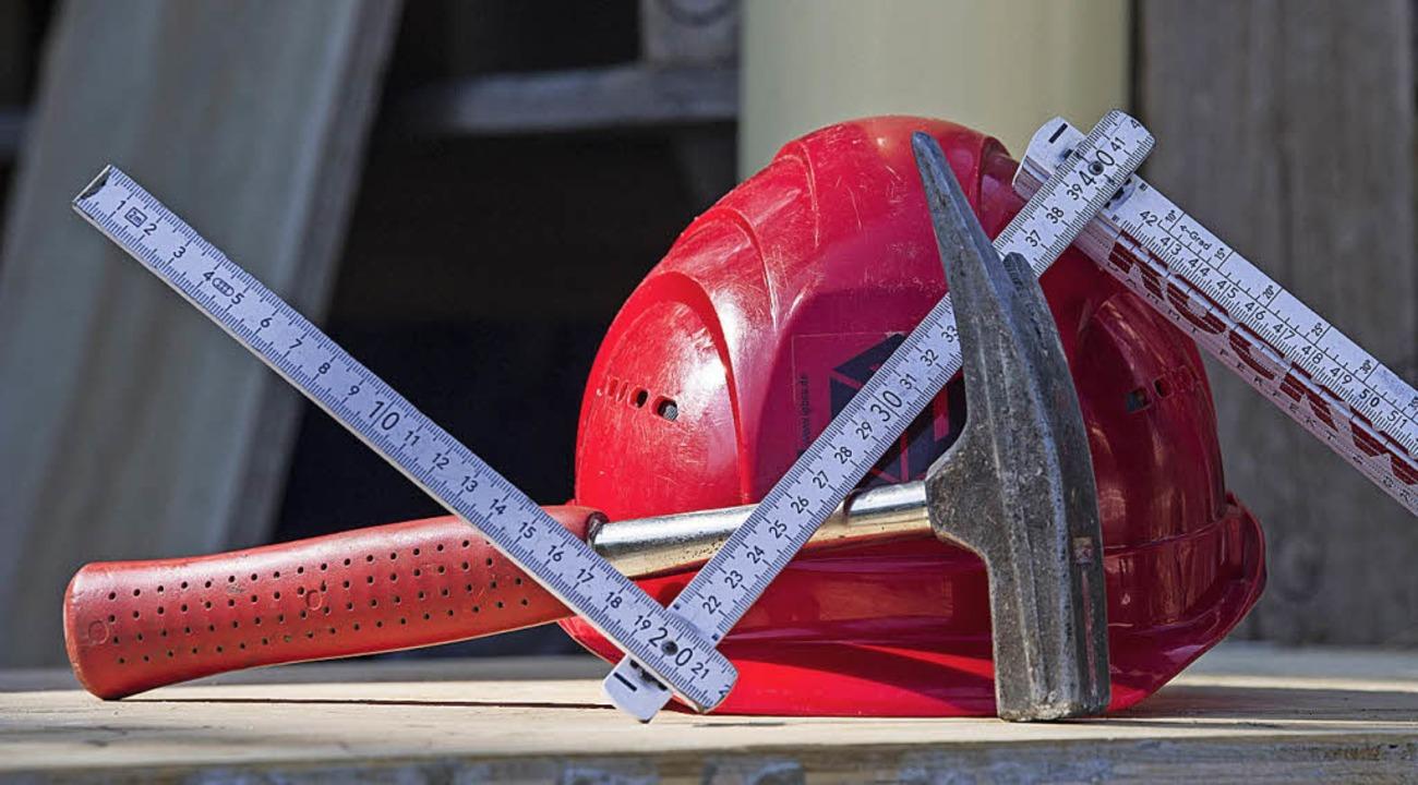Auflagen machen Bauen so teuer, sagt ein BZ-Leser.   | Foto: dpa