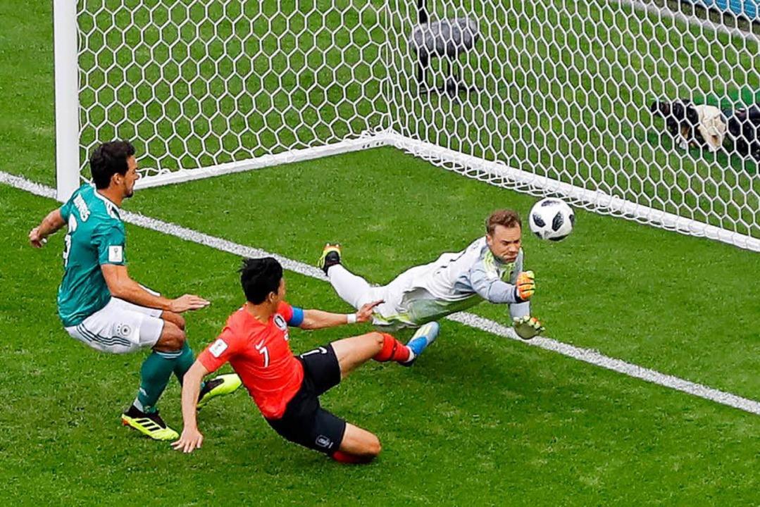 Schon früh im Spiel zeigte die deutsch...t konnte auch danach nicht überzeugen.  | Foto: dpa