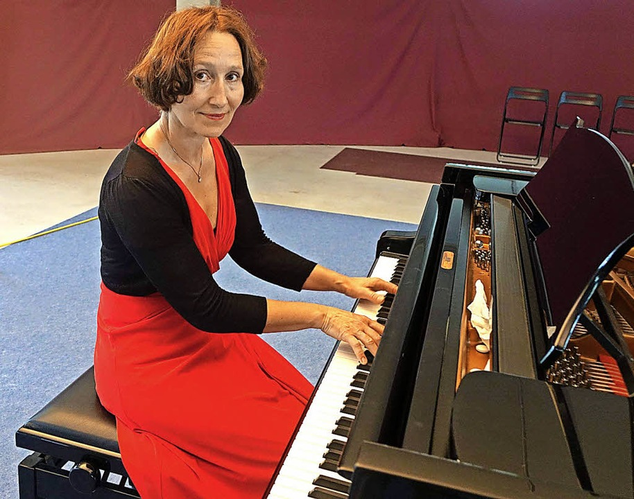 Die Pianistin Andrea Kauten spielte We...n der  ehemaligen Schuhfabrik Krafft.   | Foto: Roswitha Frey