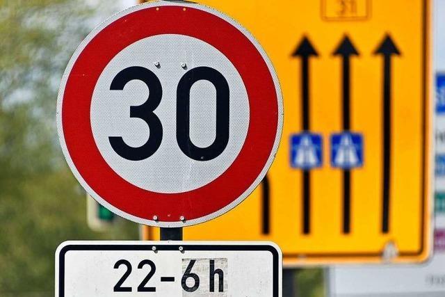 Stadt Freiburg will ab Herbst ganztägig Tempo 30 auf der B31