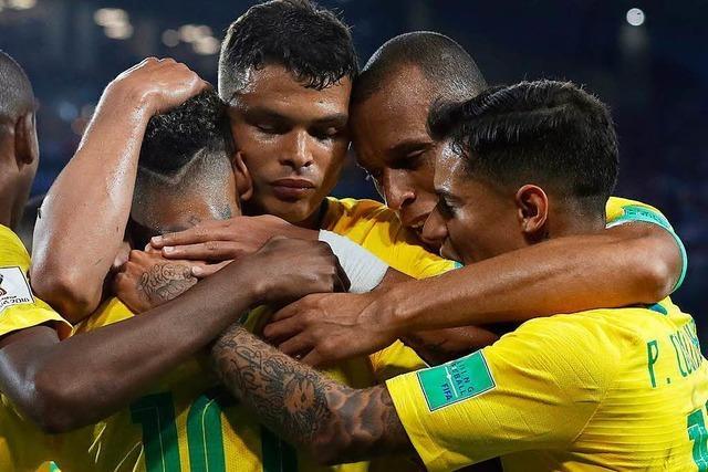 Natürlich mit Caipirinha: Brasilien souverän im Achtelfinale