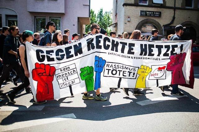 Vorbestrafte linke Aktivistin darf nicht zum AfD-Parteitag nach Augsburg