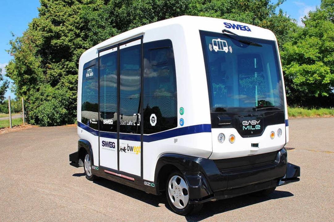 Das autonome Vehikel schafft nur 15 Kilometer pro Stunde – elektrisch  | Foto: SWEG