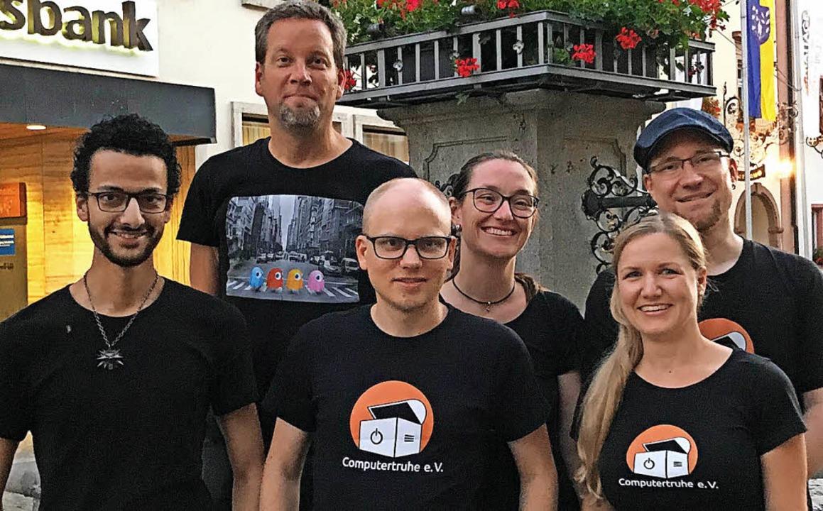 Der neue Vorstand der Computertruhe (v...dler, Annette Linder, Marco Rosenthal.  | Foto: Verein