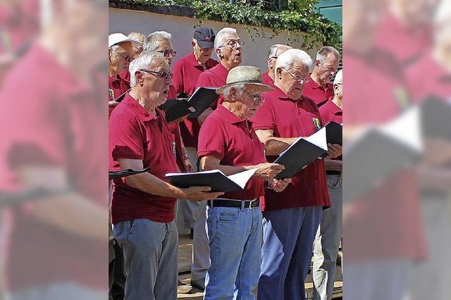 21 Lieder erklingen auf dem Klosterhof