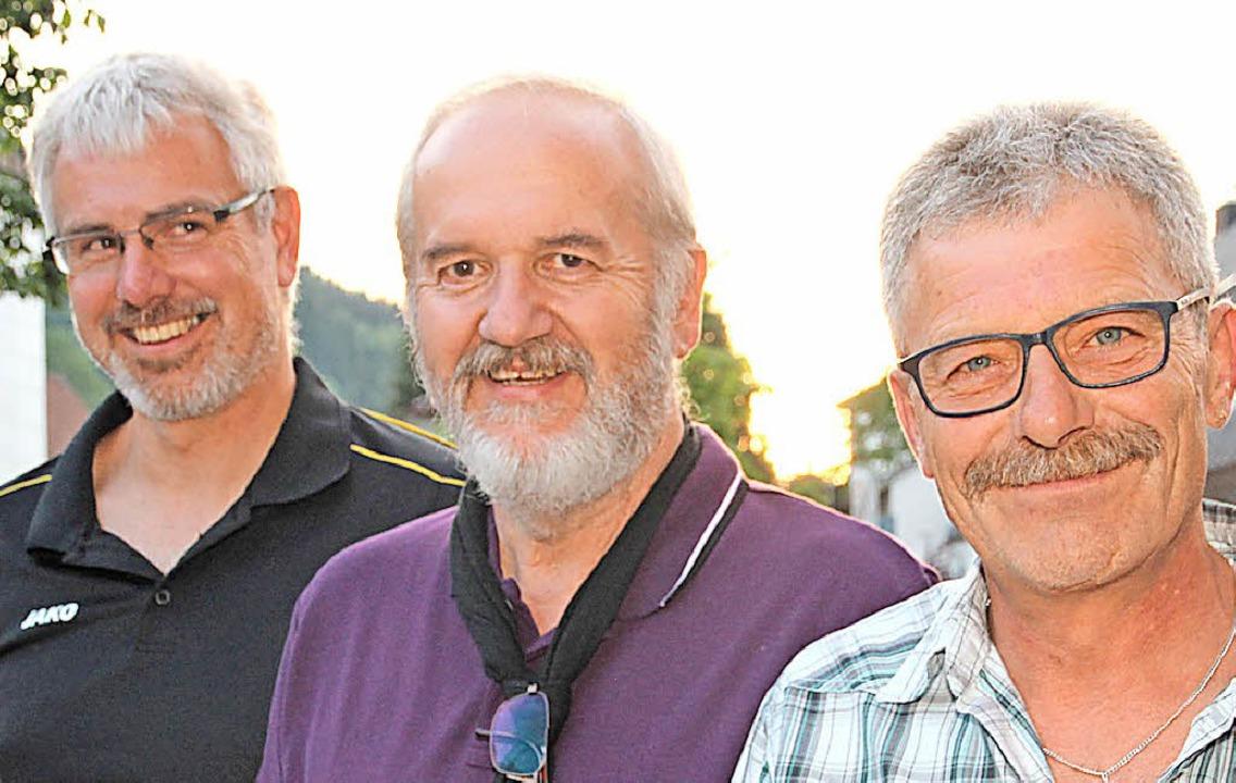 Christian Schwär ist neuer stellvertre...e (Mitte) ist seit 50 Jahren beim HSV.  | Foto: Eva Korinth