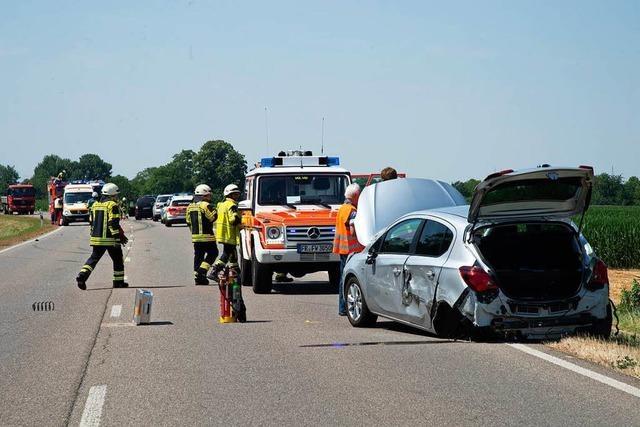 Leichtverletzte bei Unfall auf der B3