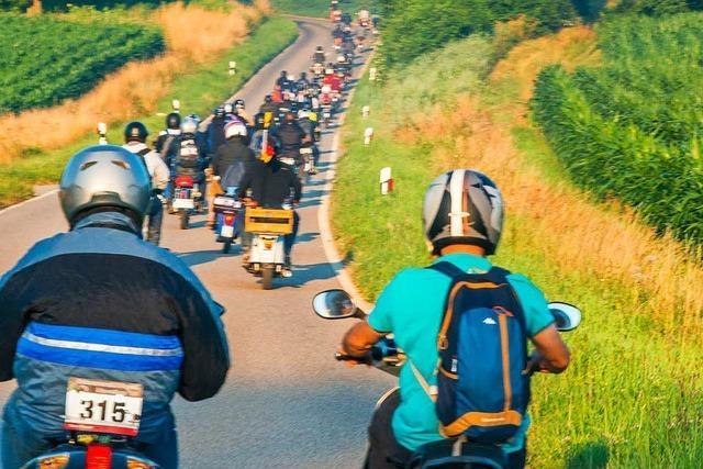 Selbstversuch: Beim Moped-Marathon mit 50 Kubik über den Schwarzwald