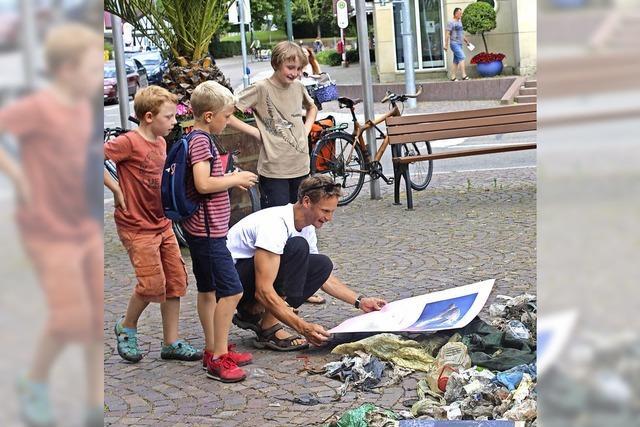 Abfall aus dem Schobbach füllt ganze acht Säcke