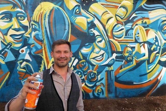 Tom Brane aus Freiburg sprüht 100-Quadratmeter-Bild in Neustadt