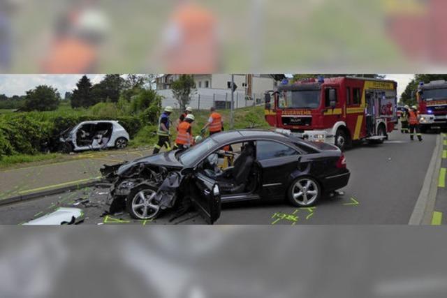 Schwerer Unfall am Ortsausgang Richtung Ortenberg