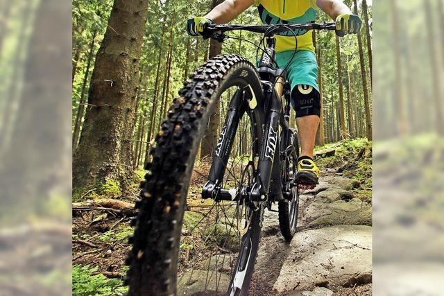 Jäger gegen Mountainbike-Piste