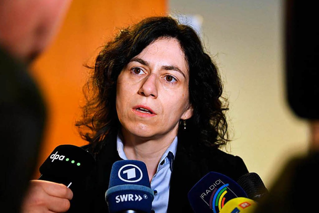Rechtsanwältin Katja Ravat vertritt vo...ressen der beiden missbrauchten Kinder  | Foto: dpa