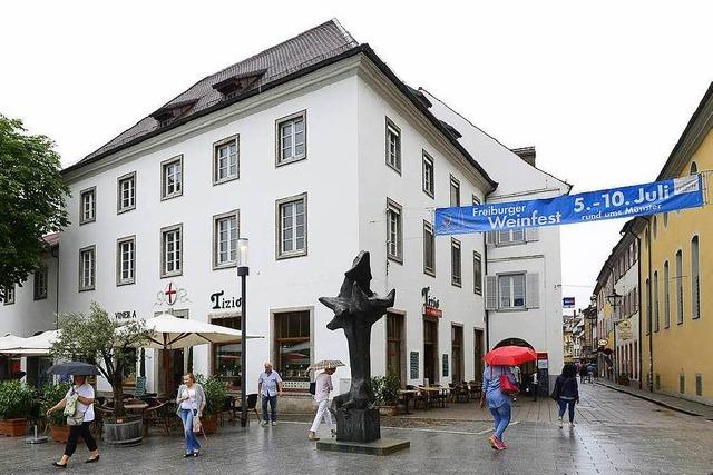 Vorwürfe gegen FWI-Chef Dallmann und Alt-OB Salomon wegen Vermietung des Rotteckhauses