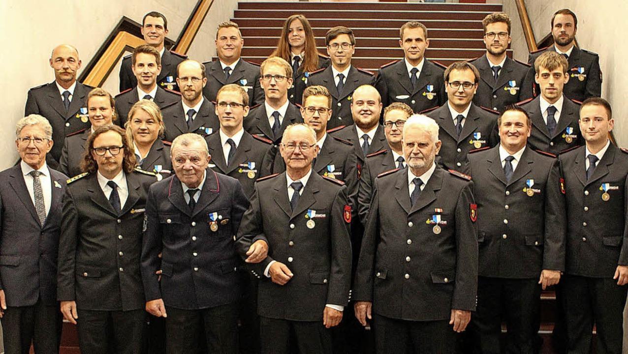 Oberbürgermeister Wolfgang G. Müller u...re) und Anton Kaltschmidt (50 Jahre).     Foto: Reiner Beschorner