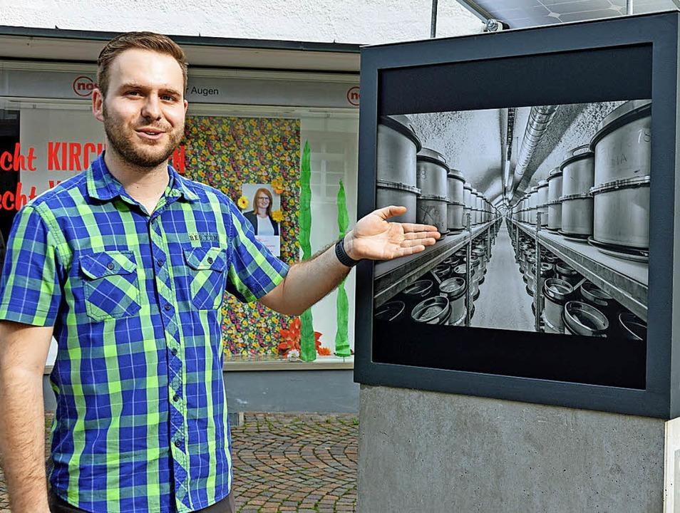 Dominik Sackmann zeigt bei seinem Meil...nd dem Besucherbergwerk Schauinsland.   | Foto: Gerhard Lück