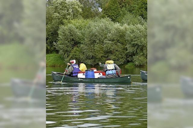 Mit dem Kanu auf dem Rhein