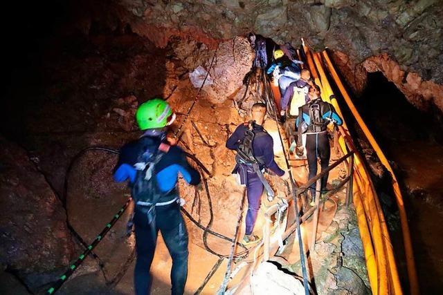 Neue Rettungsaktion in Thailand – wohl vier weitere Jungen aus Höhle gerettet