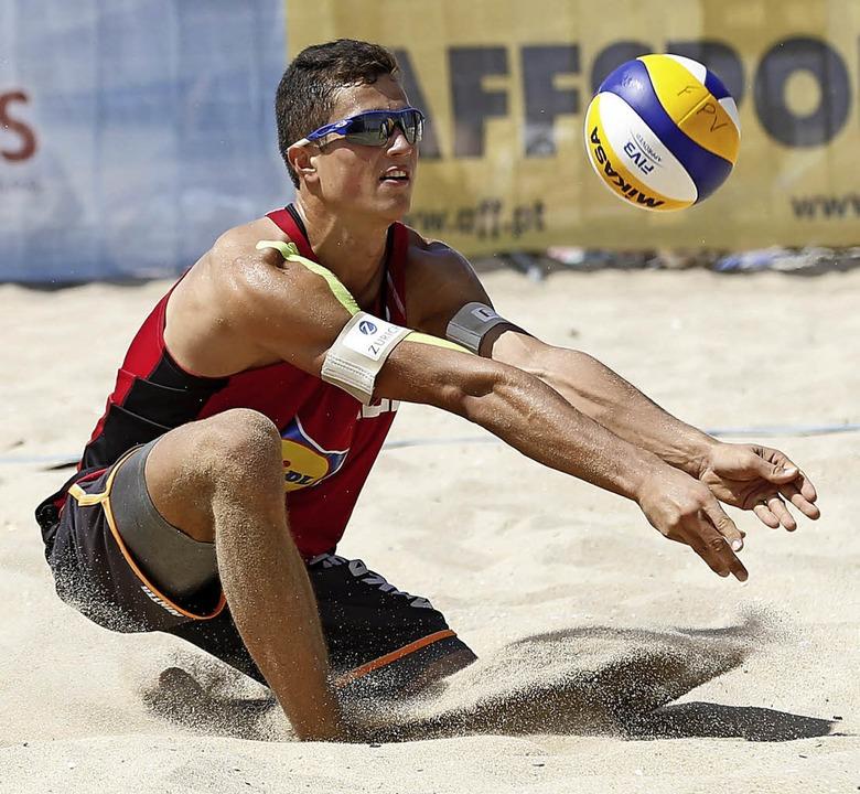 Beim Weltserienturnier im portugiesisc...rg durch die Quali auf den 17. Platz.   | Foto: FIVB