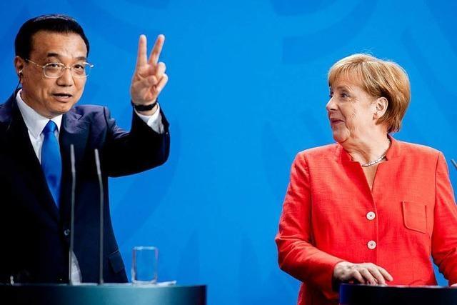Chinas Premier Li feiert sich in Berlin als Hüter des Freihandels