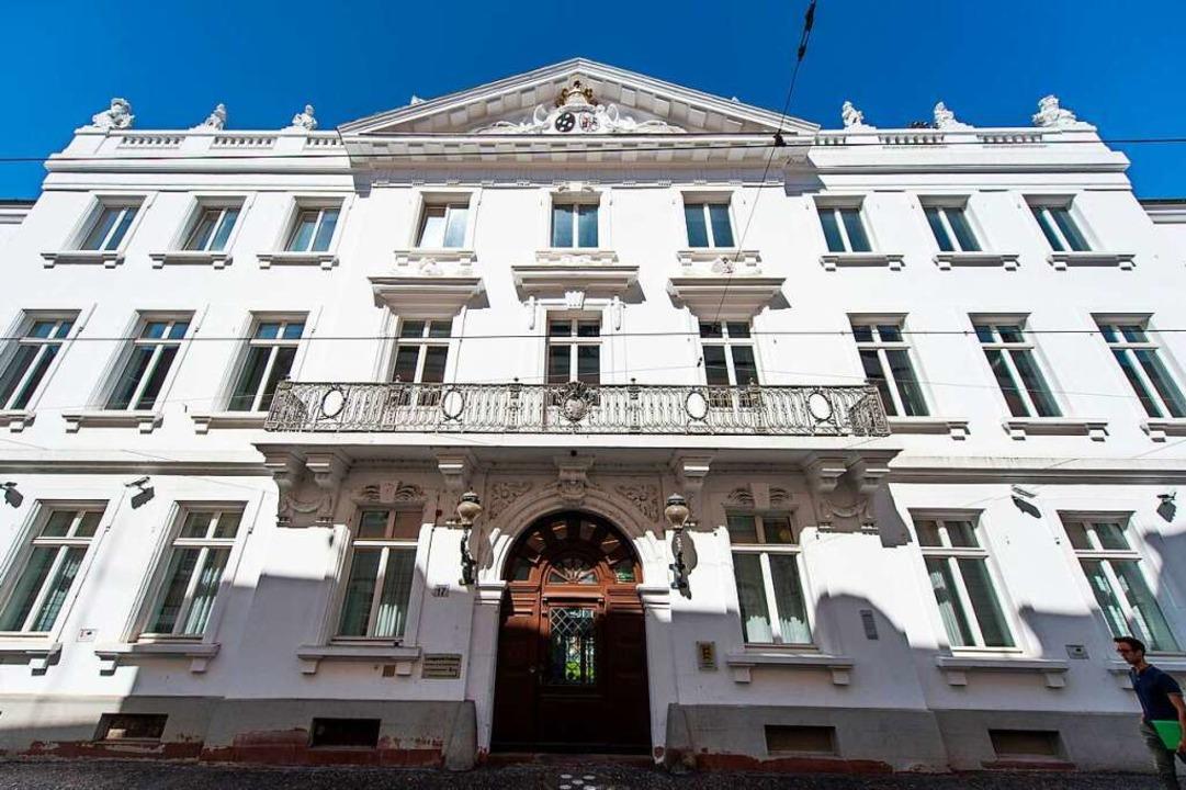 Das Landgericht Freiburg in der Salzstraße.    Foto: dpa