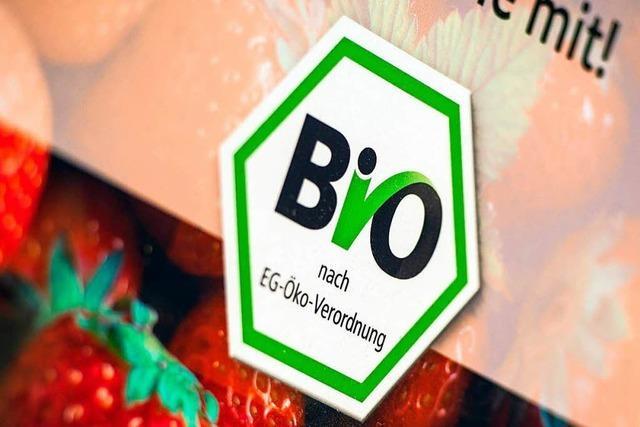 Freiburger Felder nur für Bio? – Landwirte ärgern sich über Vorstoß der Grünen