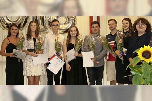 Erfolgreiche Absolventen an der Rudolf-Eberle-Schule
