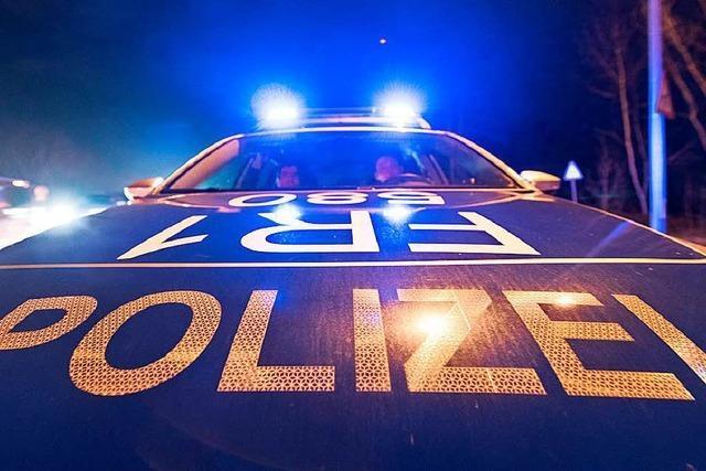 Auto aufgebrochen und Geldbörse gestohlen