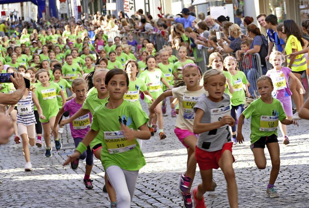 Knapp 1000 Läuferinnen und Läufer aller Altersklassen haben bislang gemeldet.   | Foto: Rutschmann