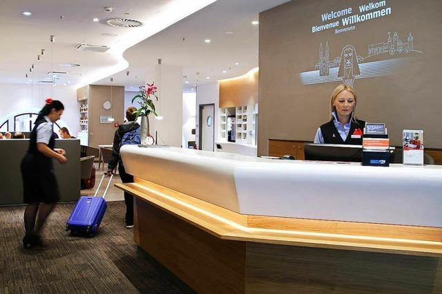 Die Bahn will Vielfahrern mit neuen Lounges das Warten versüßen