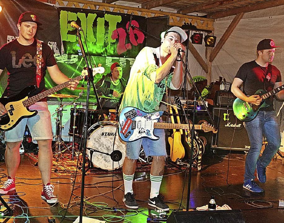 Exit 28 hat sich dem Punk-Rock verschrieben.    Foto: Karin Heiß