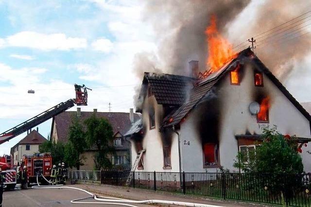 Kinder aus brennendem Haus befreit – jetzt ehrt das Land die Retter