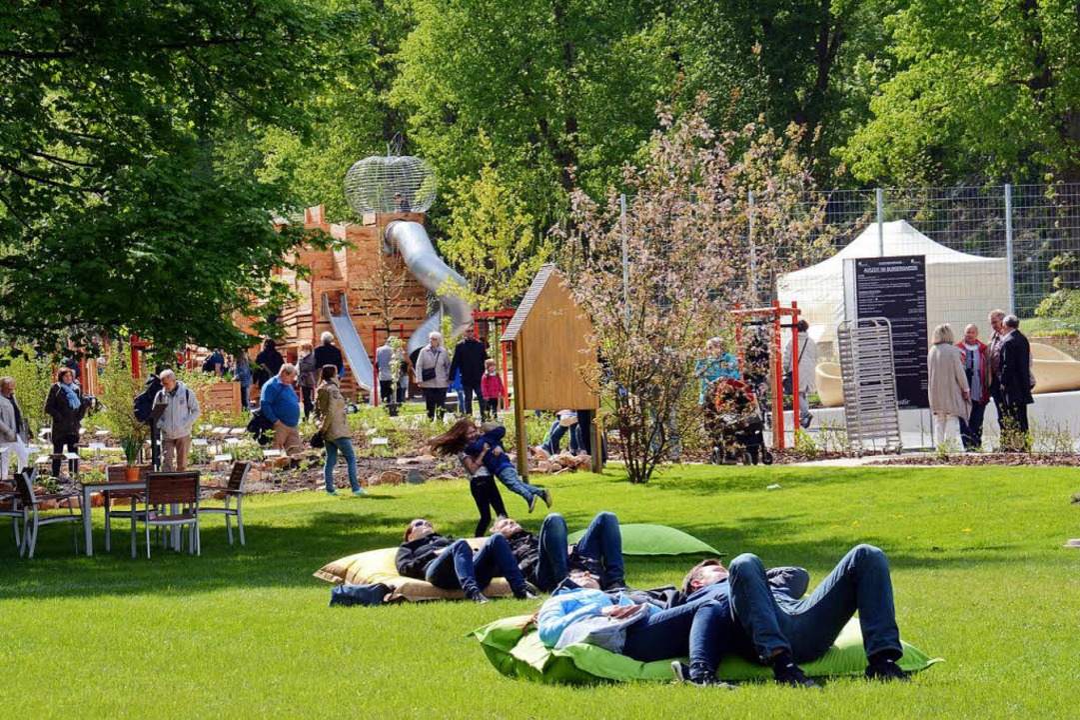 Sonnen auf dem Liegesack in Bad Schwalbach  | Foto: wita / Martin Fromme