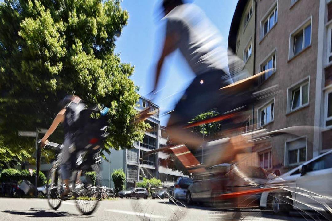 Auf ein und derselben Strecke kann die...chen Kommunen, Land und Bund wechseln.  | Foto: Michael Bamberger