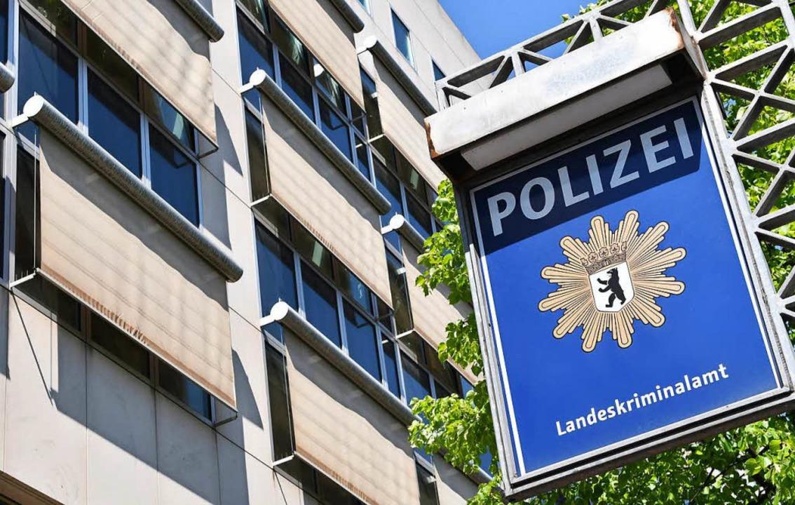 Gegen einen Anti-Terror-Ermittler der Berliner Kriminalpolizei wird ermittelt.  | Foto: dpa