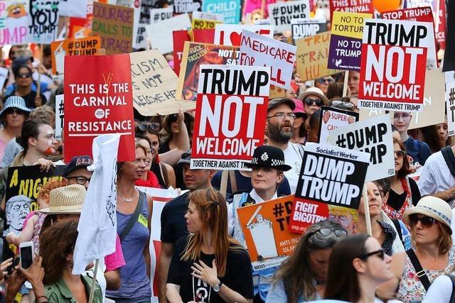Zehntausende demonstrieren gegen Trump-Besuch in Großbritannien