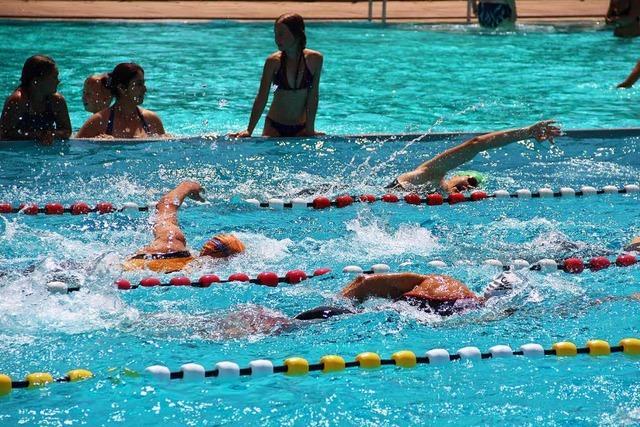 Beim Triathlon in Schopfheim trotzten die Teilnehmer der Hitze