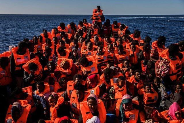 Deutschland nimmt nach Italiens Appell 50 Bootsflüchtlinge auf