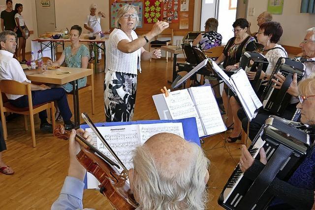 Evangelische Gemeinde feiert mit Musik