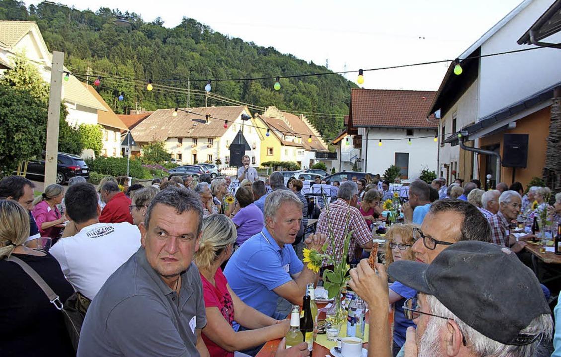 Die Grimmelshofer verstehen sich aufs ...n ins Leben gerufene  Breitbandparty.   | Foto: luk