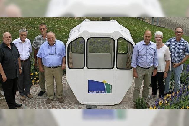 63 Jahre alte Gondel einer Schweizer Luftseilbahn hat Platz gefunden