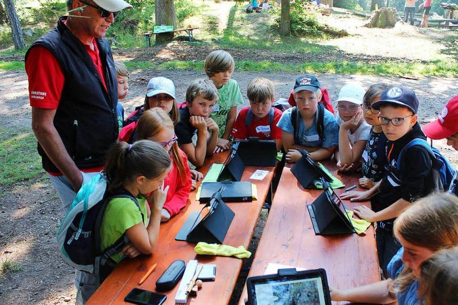 Eine virtuelle Wanderung durch die Wutachflühe, auch das war beim Schulerlebnistag möglich. (Foto: Christa Maier)