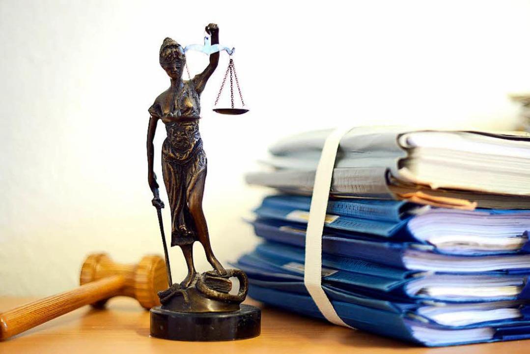 Der Rechtsstreit um die Unterhaltspfli...ftige Mutter in Offenburg geht weiter.  | Foto: dpa