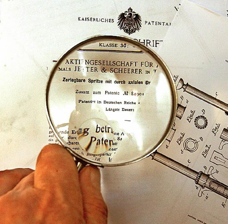 Patente gibt es schon seit dem 19. Jah...leuten der Patentämter genau geprüft.   | Foto: Norbert Försterling (dpa)