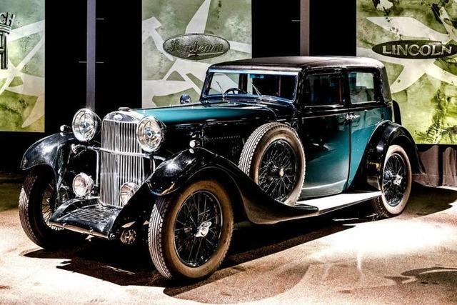 Oldtimer der Luxusklasse - jeder hat eine lange Geschichte zu erzählen
