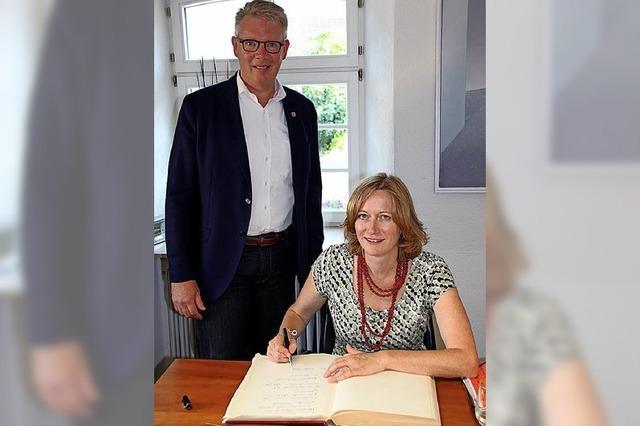 Kerstin Andreae will Radwegbau unterstützen