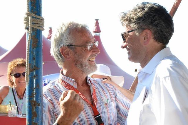 Warum steht Dieter Salomon noch als Oberbürgermeister im ZMF-Programm?