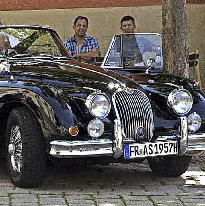 Am Samstag sind schicke Oldtimer wieder für einen guten Zweck unterwegs.  | Foto: Münch